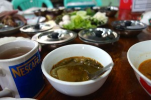 authentic Burmese food in Hpa-an