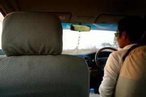 driver seat di sebelah kana :D