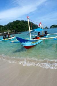 Ini speed boat yang kita tumpangi...