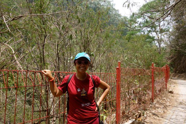 even sebelum hiking sudah kelihatan gosong hahaha.